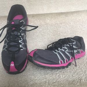 50aebfd3feb Brooks Women Shoes Athletic Shoes Color Black on Poshmark